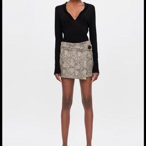 Zara Snakeskin Print Split Skirt